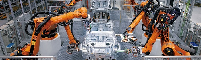 automated robots building a car